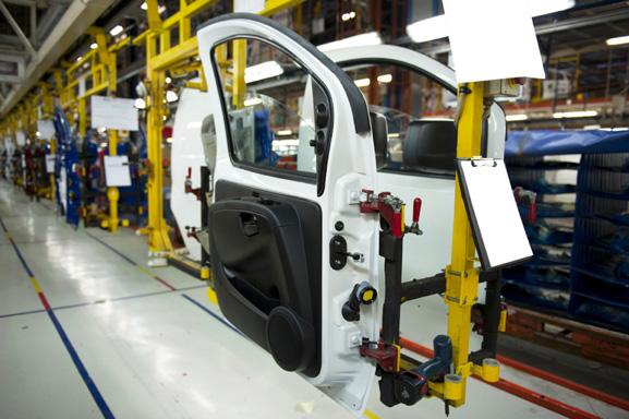 Пластмассы заменяют металл во многих областях применения.