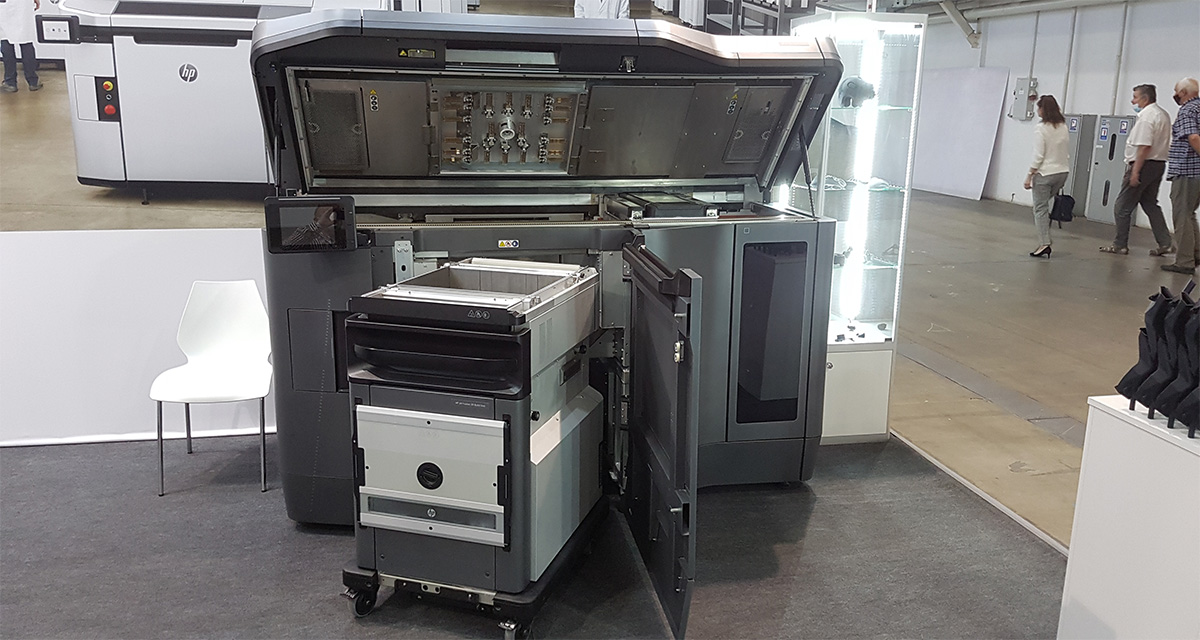 3D-принтер HP Jet Fusion 4200